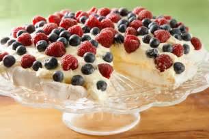 pavlova with lemon curd and fresh berries 40 impressive