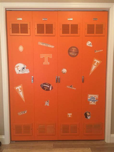 Locker Closet Doors by 17 Best Ideas About Door Latches On Loquet