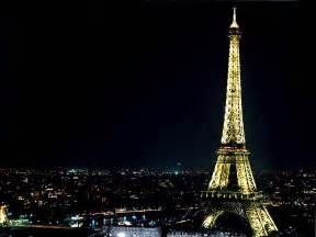 the eiffel tower wallpapers eiffel tower wallpapers