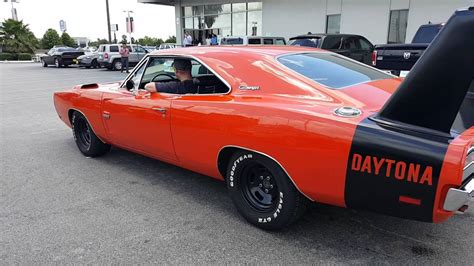 dodge dytona 1969 dodge charger daytona burnout
