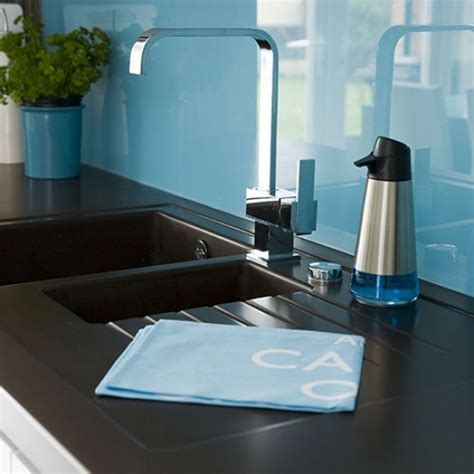 Kitchen Sink Splashback Modern Kitchen Pictures House To Home