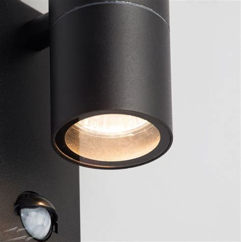 Wl2bkpir Ip44 Up And Down Wall Light In Black Metal With Up And Lights Outdoor Lights