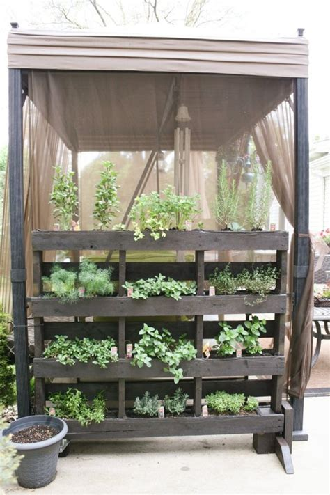 apartment patio vegetable garden 60 best balcony vegetable garden ideas 2016 roundpulse
