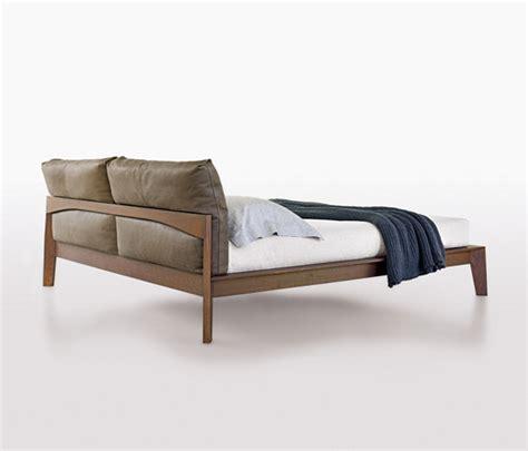 c beds rodolfo dordoni wish bed