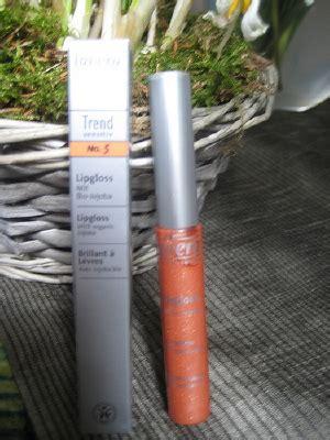 Lipgloss No 5 スイスで楽しむオーガニックコスメ フード ラヴェーラ ナチュラルリップグロス