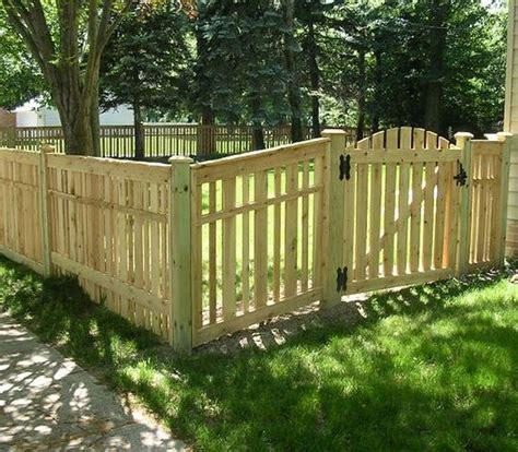 staccionate per giardini staccionate recinzioni come scegliere le staccionate
