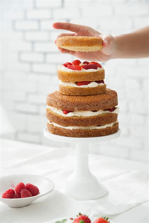 design love fest recipes d e s i g n l o v e f e s t 187 how to make a naked cake