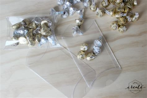 new year gift to host new year s gift tags create celebrate
