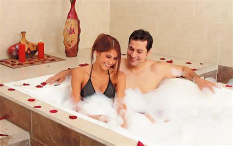 imagenes de parejas romanticas cenando spa y cena rom 225 ntica la mejor manera de expresar amor a