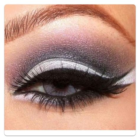 Eyeshadow Blue eyeshadow for blue makeup