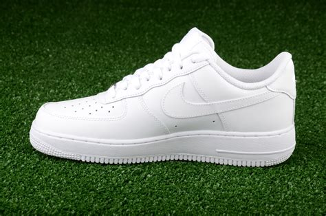 all white sneakers for nike air 1 low all white shoes casual sporting