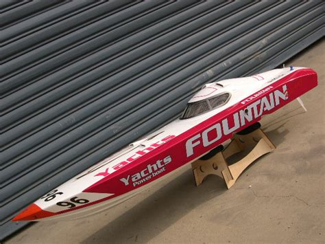 rc gas boat pics fountain rc boat rcu forums