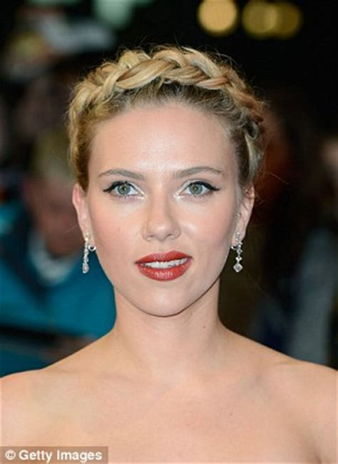 Wedding Hairstyles Square Jaw by Updos For Every Shape From Low Chignons To