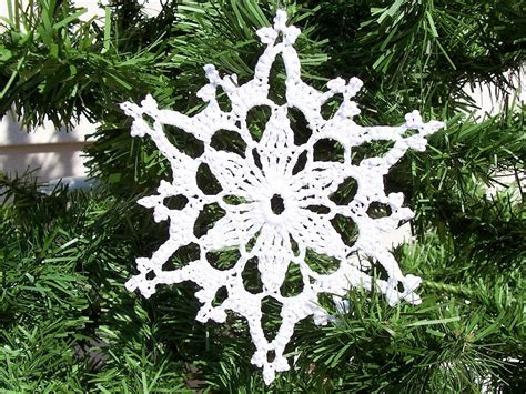 crochet snowflake pattern beginner crocheted snowflake patterns crochet for beginners