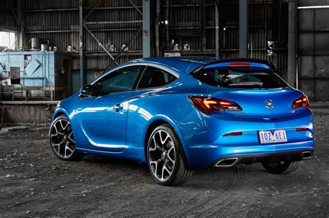 opel astra gtc 2015 holden astra and cascada join 2015 line up forcegt com