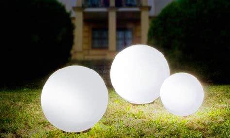 boule lumineuse jardin boules lumineuses solaires groupon