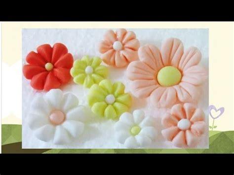 como hacer flores de azucar artesan 237 a en az 250 car flores f 225 ciles de fondant paso a paso