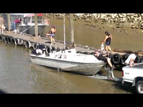 boat launch fails havasu crazy boating fails compilation 1 doovi