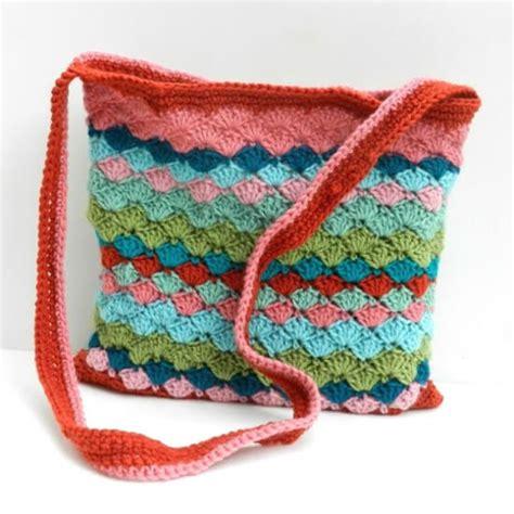 crochet bag pattern uk free 15 free crochet bag patterns dream a little bigger