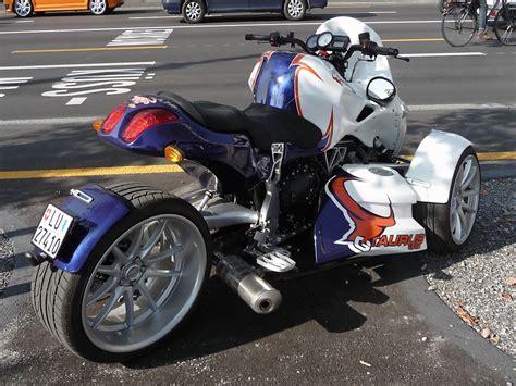 Dreirad Motorrad Name by Sonstige Quad Fotos Fahrzeugbilder De