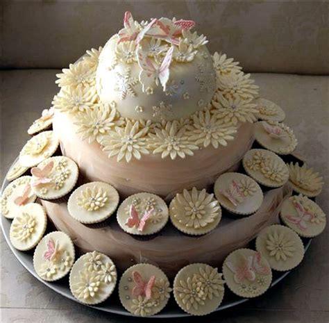 wedding cake and cupcake ideas delicious wedding cupcakes pictures ideas