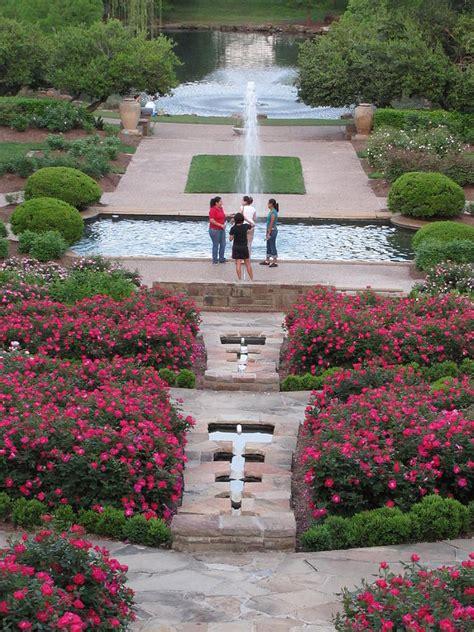 Roses In Bloom Fort Worth Botanical Gardens Photograph By Fort Worth Botanical Gardens Events