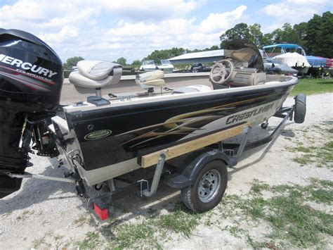 crestliner boats 1650 fish hawk 2002 used crestliner 1650 fish hawk aluminum fishing boat