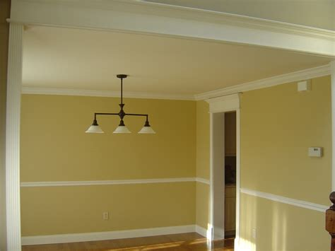 chair rail crown molding chair rail and crown molding house project ideas