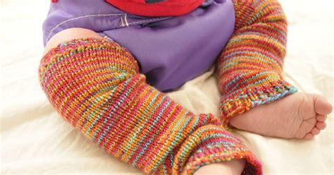 free knit sock patterns with circular needles baby frog legs baby legwarmers free knitting pattern