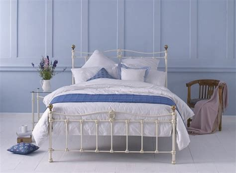 Ivory Metal Bed Frame Obc Tulsk Low Footend 5ft Kingsize Glossy Ivory Metal Bed Frame By Original Bedstead Company