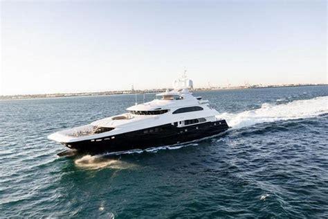 yacht zenith motor yacht zenith sabre yacht harbour