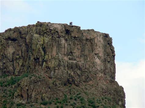 north table mountain golden cliffs climbing