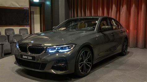bmw  series  dravite grey metallic individual color