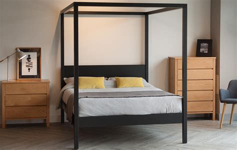 cube modern four poster bed natural bed company black orchid contemporary 4 poster natural bed company