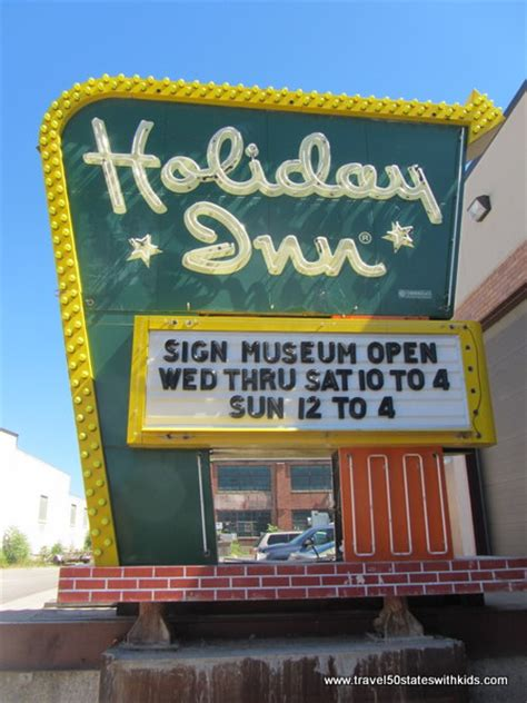 sign inn in ohio american sign museum travel 50 states with