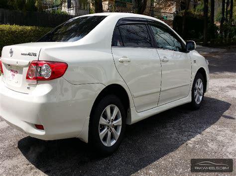 Toyota Corolla Altis White Toyota Corolla Altis 2013 White