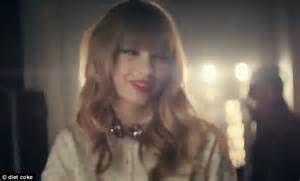 coke commercial jess actress taylor swift channels vintage glamour in new diet coke ad