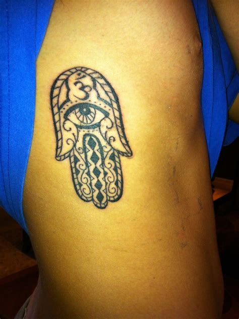 fatima hand tattoo hamsa of fatima ink addiction