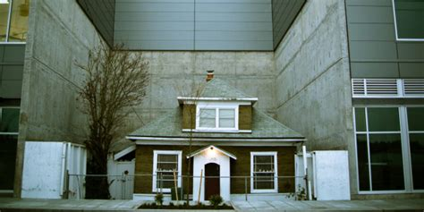 seattle up house edith macefield s seattle up house could be demolished huffpost