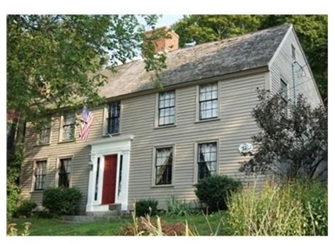 What Is A Colonial House Beautiful First Period House In Ipswich Massachusetts