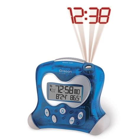 oregon scientific rm313pna blue projection atomic alarm clock with indoor temperature oregon