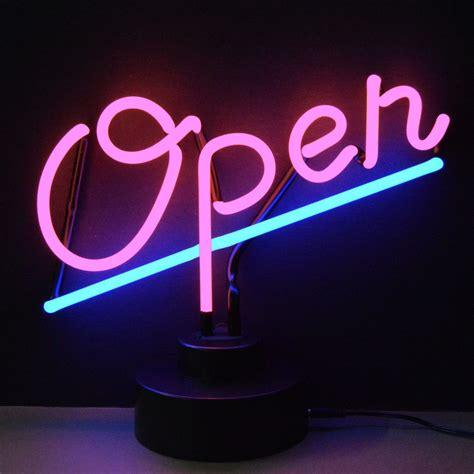 illuminazione neon neon scritte e disegni gli anni 80 in casa tua nike