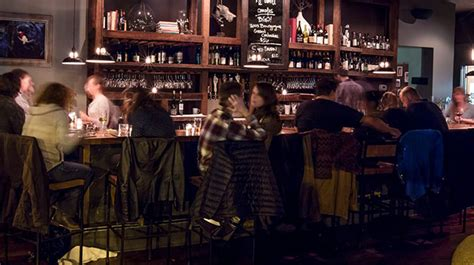 Top Wine Bars In Chicago by Best Valentine S Day Bars For Singles In Chicago 171 Cbs Chicago