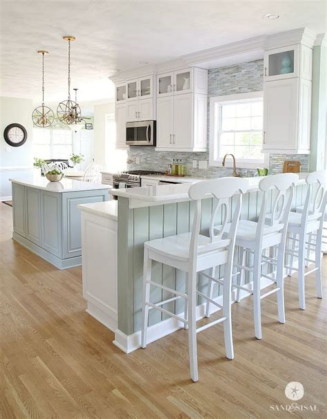coastal inspired kitchens 25 best ideas about house kitchens on