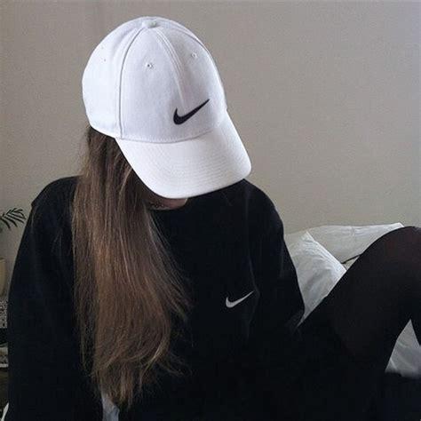imagenes lentes nike hat nike cap grunge soft grunge tumblr outfit