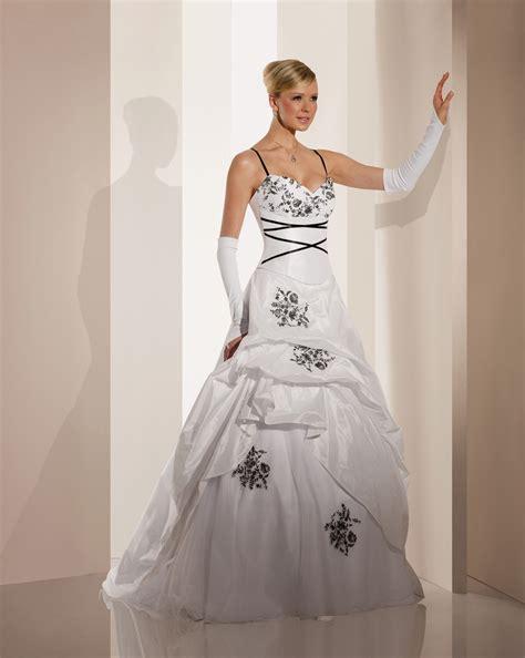 Robe De Mariée Noir Et Blanc Pronuptia - robe de mari 233 e vision boutique mariage 224 creil