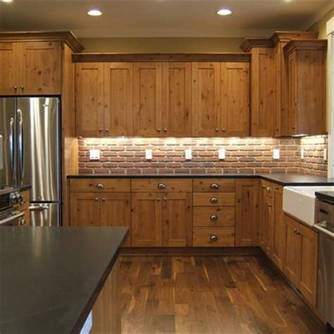 knotty hickory kitchen cabinets best 25 knotty alder kitchen ideas on kitchen cabinet layout kitchen island