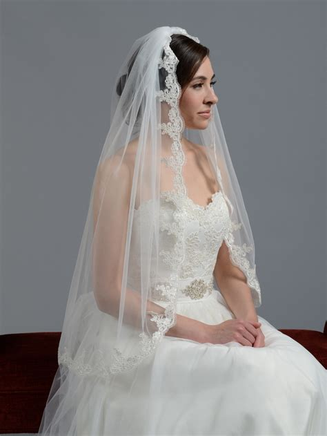 wedding veils bridal wedding veil fingertip alencon lace v036