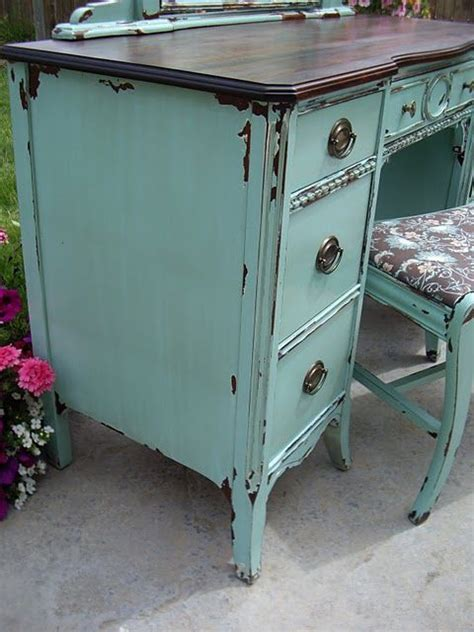 How To Paint White Distressed Furniture by Tutorial For Chippy Paint Look Repainting Distressing Furniture