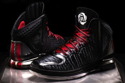 derrick new basketball shoes feast your on derrick s new d 4 signature